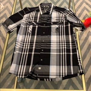 7 diamonds black and white button up